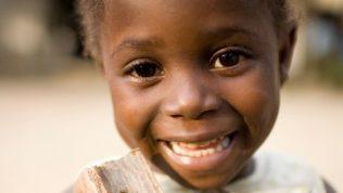 Testamentillä tuet kehitysmaiden lasten koulutusta