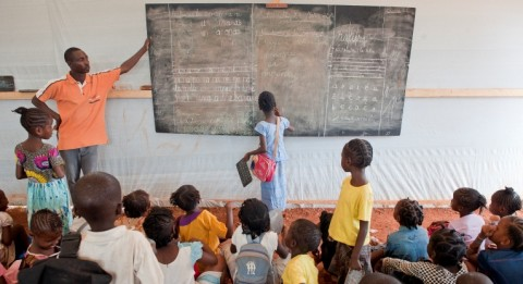 Finn Church Aid maintains in Bangui Nicolas Barre's school that is targeted for the children living in surrounding refugee camps. Photo: Catianne Tijarena.