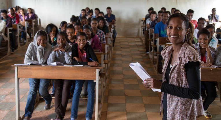 Luwanu Andou teaches mathematics in the vocational education institution in Mai Nefhi. Often there are about 80 students in one class due to shortage of skilled teachers. Finn Church Aid's work in Eritrea focuses on teacher training and better learning opportunities. Photo: Laura Vanhanen.