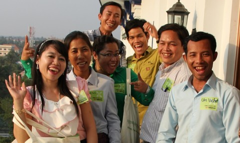 The first ever career counsellor training for teachers in Cambodia started in an enthusiastic mood. Ten teachers from five schools in the Battambang area were selected to participate the training carried out in three day periods.