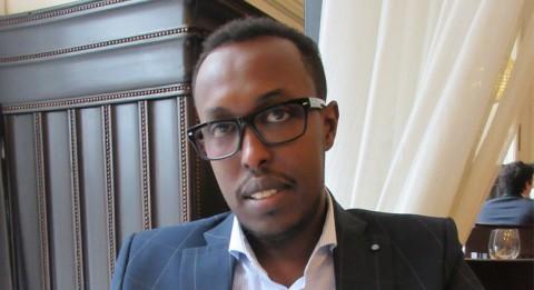 Mr. Abdihakim Yusuf Alin mielestä Suomen tulisi keskittyä kehitysyhteistyössään voimakkaasti nuorten somalien koulutukseen. Kuva: Eriikka Käyhkö.