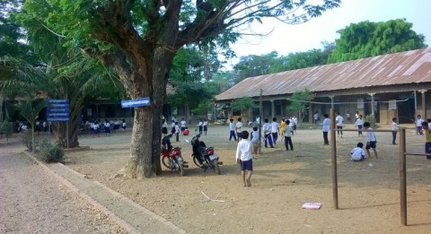 A new type of school is being tested at the renovation project of the Slorkram School in Cambodia.