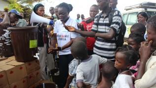 Ebolavalistusta Länsi-Afrikassa.