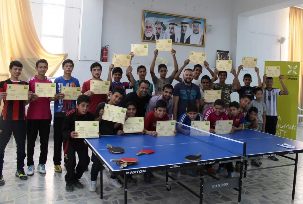 Allekirjoitettuaan yhteistyösopimuksen Jordanian nuorisotyöstä vastaavan viranomaistahon kanssa Kirkon Ulkomaanapu on toimeenpannut erilaisia koulutus- ja vapaa-ajan aktiviteetteja. Niitä järjestetään nuorisokeskuksissa, joilta aiemmin puuttuivat välineet ja tuki. Kuva: Muhammad Smadi
