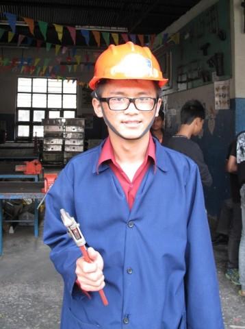 Suman Kai opiskelee Sano Thimin teknillisessä oppilaitoksessa putkimieheksi.
