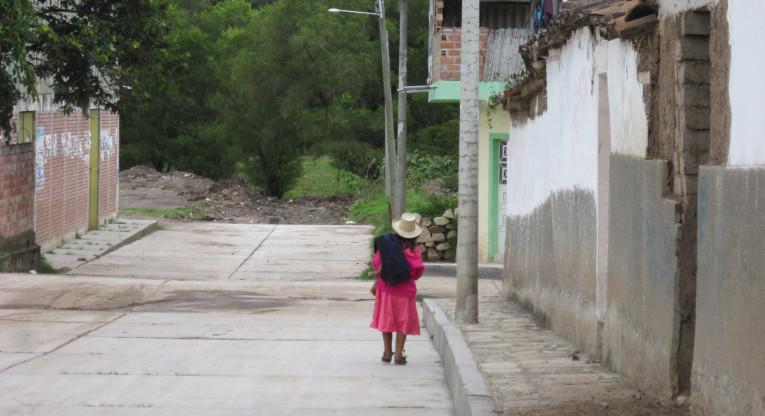 Perulainen kylänraitti.