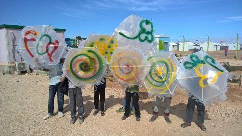 Ulkomaanavun telttatyöpajat kahdella pakolaisleirillä Jordaniassa toivat riemua 440 lapselle.