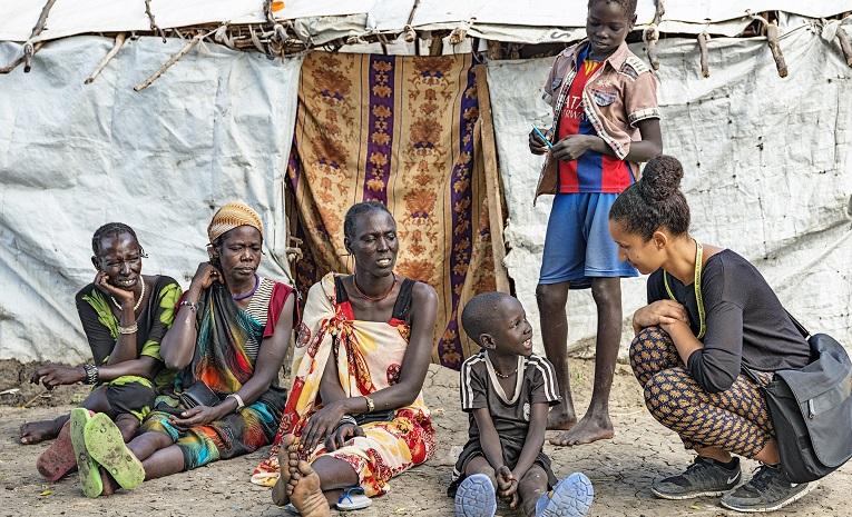 """Etelä-Sudanissa puhjenneet uudet levottomuudet ovatvain lisänneet Ulkomaanavun Marie Makwerin paloa rauhantyöhön. """"Vahvojen, sitkeiden ja niin paljon kärsineiden eteläsudanilaisten auttaminen on tärkeintä. Kaikki muu on nyt toissijaista."""