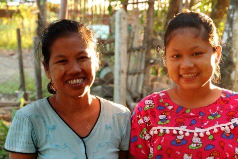 Daw Wah Wah and her daughter Kay Thwe Soe.