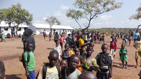 Flyktingbosättningen Bidibidi har enligt FN på kort tid vuxit till en av världens största. Bild: Kaisa Huhtela