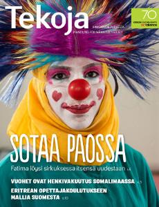 Tekoja-lehden 1/2017 kansikuvassa Fatima Hariri klovnin asussa.