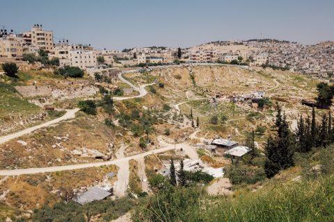 Rabbis for Human Rights -järjestö vie israelilaisnuoria tutustumaan palestiinalaisten oloihin muun muassa Itä-Jerusalemissa. Kuva: Tatu Blomqvist
