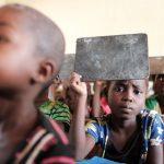 Oppitunti Saint Annen koulussa, Keski-Afrikan tasavallan Berberatissa.