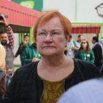 President Tarja Halonen anlände till Za'ataris flyktingläger tisdagen den 20 februari. Halonen sörjer att finansieringen till medborgarorganisationerna sjunkit märkbart i Finland. Foto: Mohammed Barhoum
