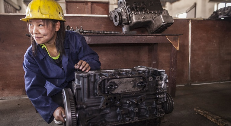 Automechanic In The Making Wants Equality For Women In Nepal Finn Church Aid