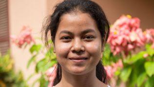 Leakhena Say, 15, on kiinnostunut opettajan ammatista.