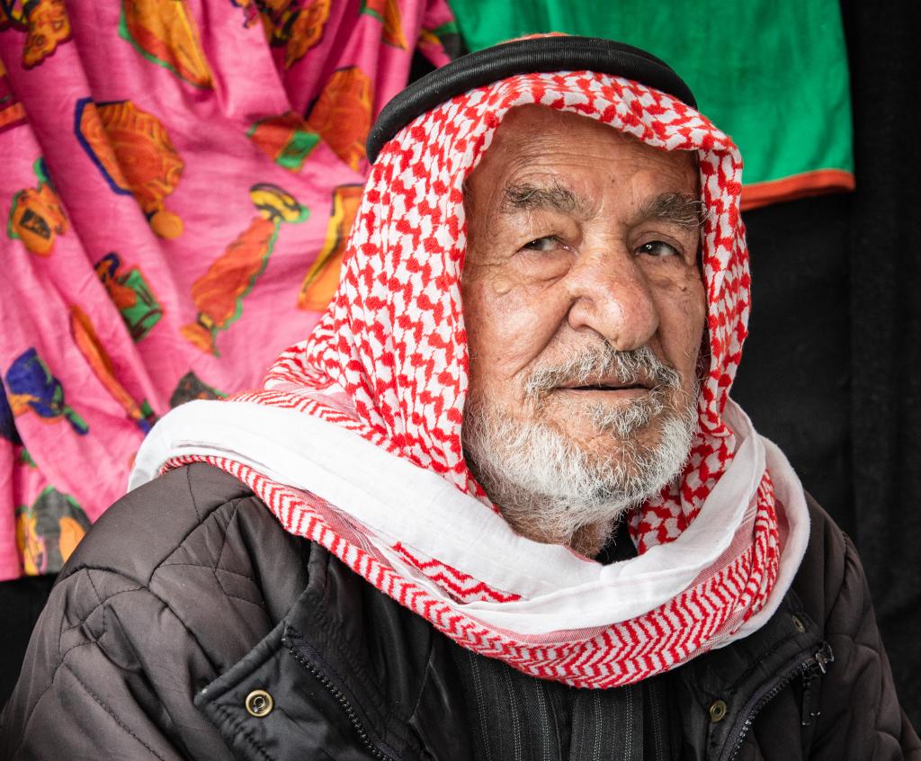Pakolaiseksi lokakuussa joutunut syyrialainen Mohammad Khlaif al-Suleiman ikävöi kotiaan ja sen puutarhaa, josta riitti vihanneksia torilla myytäväksi.