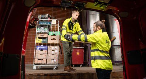 Markus Silvennoinen Wefoodin logistiikkavapaaehtoisena.