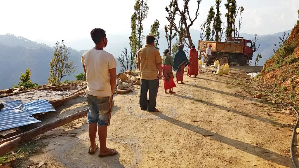 Ruokajakelulla Nepalissa minimoidaan koronakriisin aiheuttamaa humanitaarisen avun tarvetta.