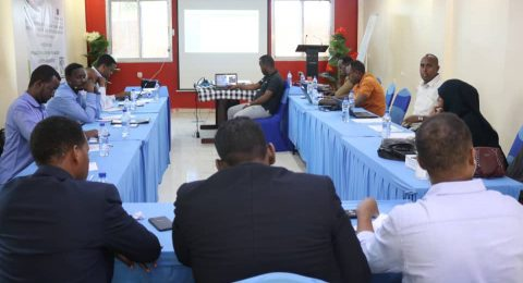 The new project's kick-off meeting in Baidoa on Monday 13 July was attended by representatives of Southwest State's Ministries of Education and Planning, delegates from EU Humanitarian Aid's Nairobi-based team, key actors from the local community and senior team members of FCA in Somalia.