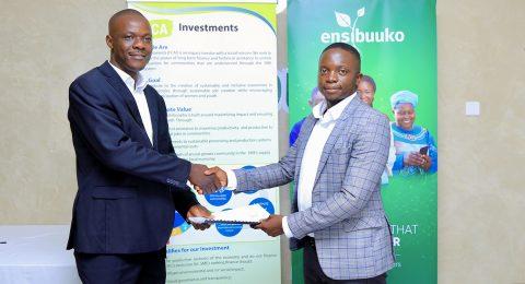 FCAI's Chief Operating Officer Emmanuel Obwori and Ensibuuko's Founder and CEO Gerald Otim. Photo: Finn Church Aid